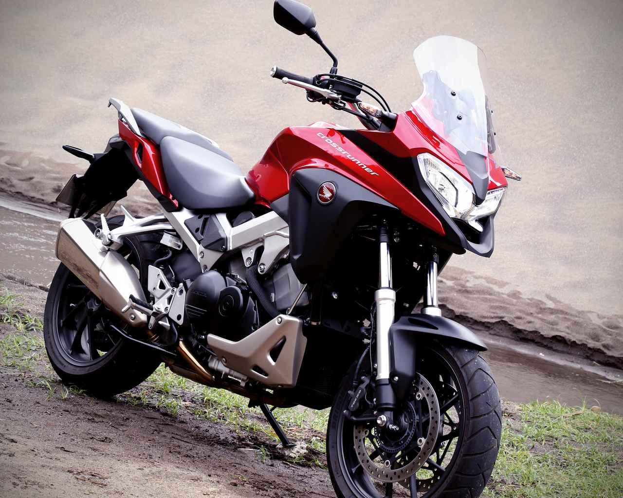 画像1: VFR800Xは謎バイク?