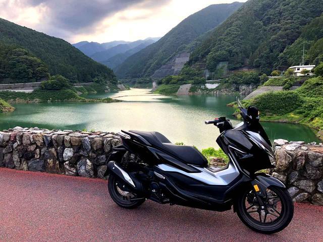 画像1: いつの間にか『フォルツァ』が、まったく知らないバイクに生まれ変わっていた?【ホンダオールすごろく/第13回 FORZA】 - A Little Honda
