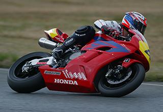 画像: Honda CBR1000RR(2005年) 伊藤真一 全日本ロードレースJSB1000 シリーズチャンピオン