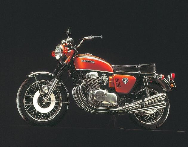 画像: DREAM CB750FOUR(K0〈ゼロ〉)。1969年7月 www.honda.co.jp