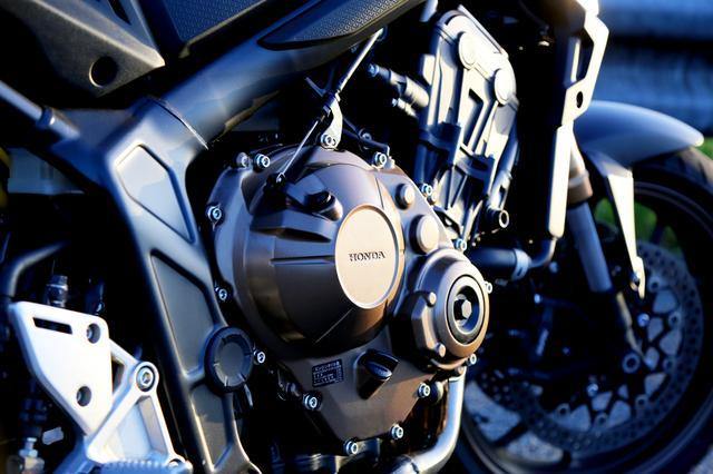 画像2: 650ccで96万1200円はどう感じる?