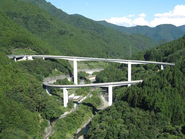 画像: 雷電廿六木橋 www.photo-ac.com