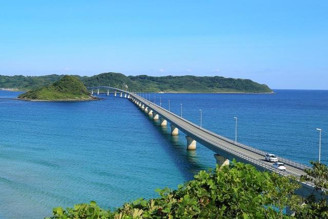 画像: 角島大橋 www.photo-ac.com
