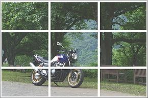 画像: 画面を縦横3分割してその線上や交点にバイクを置く「3分割法」という構図 www.honda.co.jp
