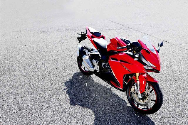 画像1: CBR250RRのスゴいところと、気づいたこと。【ホンダオールすごろく番外編/フリダシに戻る CBR250RR】 - A Little Honda