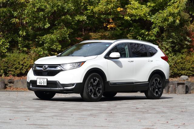 画像: ハイブリッドとガソリン車のボディサイズは同じ。4WD車は全高がFFより10mm高くなる。