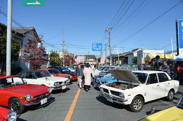 画像1: なんだか懐かしい。お祭りとホンダの名車たちがコラボレーション!