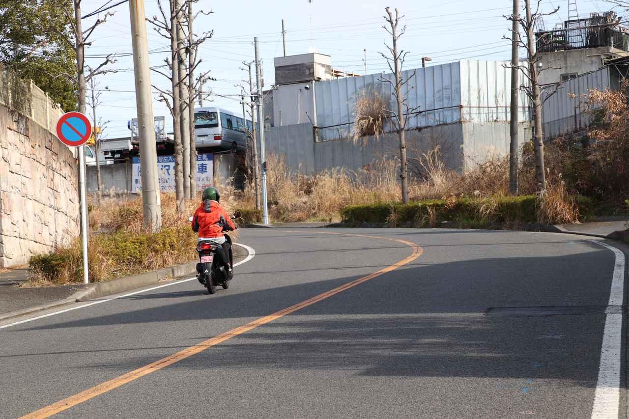画像9: 街の真ん中で釣り⁉︎ 大都会のオアシスみーつけた!【声優・西田望見のA Little♡Rider @ディオ】