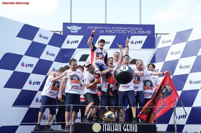 画像: 2019年は4戦を残しチャンピオンを決めたM.マルケス。同シーズンはシーズン最多獲得ポイント(420pt)記録を更新した。 www.honda.co.jp