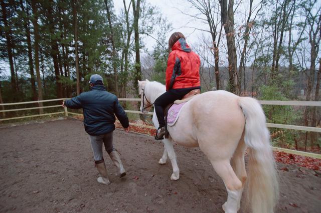 画像1: ドキドキ…わくわくな乗馬体験スタートです!