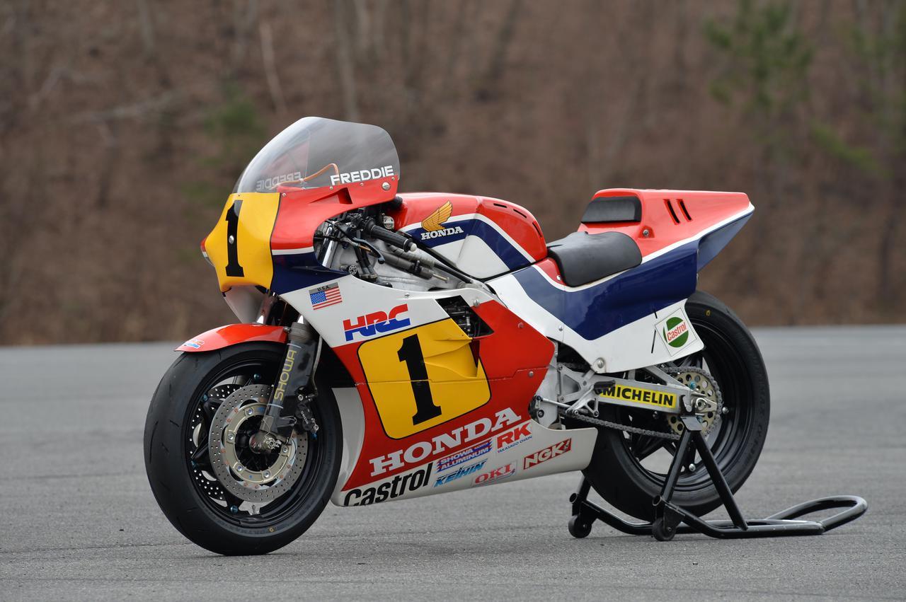 Images : 2番目の画像 - ホンダ歴代のレーシングマシン動態確認テスト 画像一覧(クリックして拡大) - A Little Honda | ア・リトル・ホンダ(リトホン)