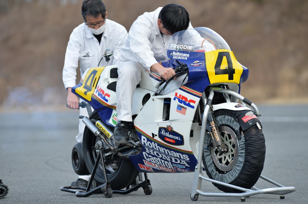 Images : 12番目の画像 - ホンダ歴代のレーシングマシン動態確認テスト 画像一覧(クリックして拡大) - A Little Honda | ア・リトル・ホンダ(リトホン)