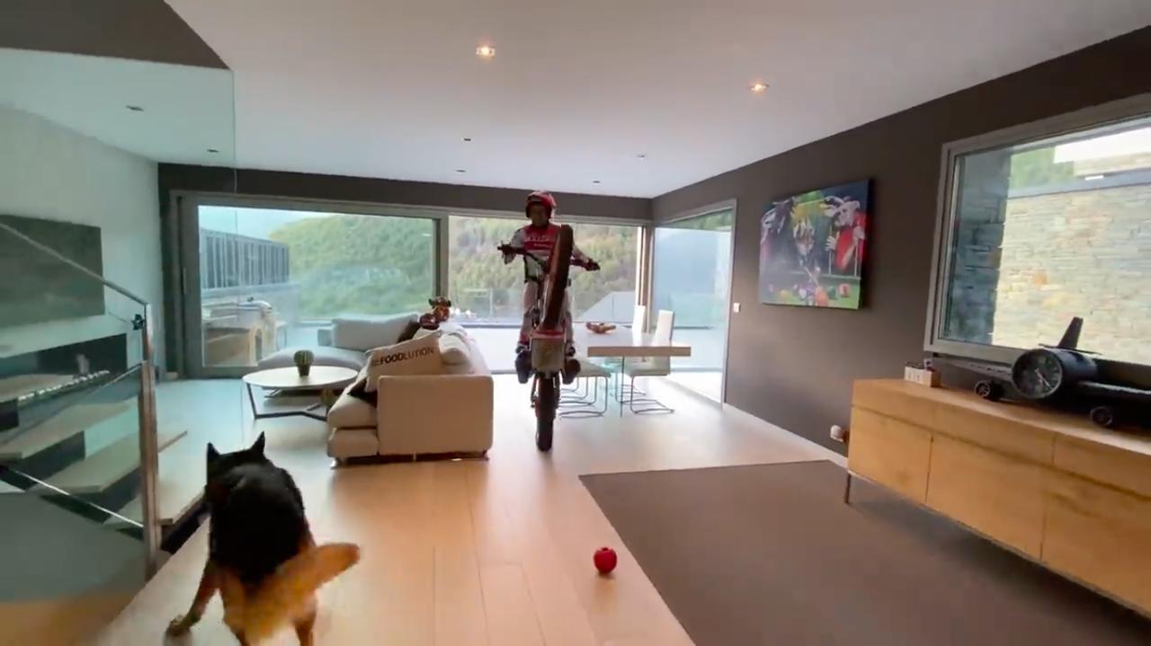 画像: お家でモータースポーツを楽しむ、最近のトニー・ボウの動画です!! - A Little Honda | ア・リトル・ホンダ(リトホン)