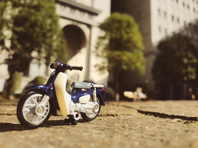 画像: 都会のスーパーカブをおしゃれに撮影&加工するテクニック! - A Little Honda | ア・リトル・ホンダ(リトホン)