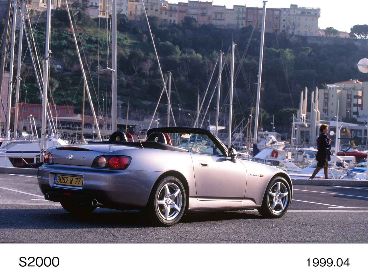 Images : 3番目の画像 - ホンダ S2000関連画像(クリックして拡大) - LAWRENCE - Motorcycle x Cars + α = Your Life.