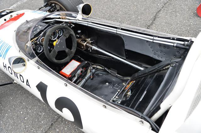 画像2: ホンダのレーシングマシンをマニアックに観察する【地球に帰るまで、もう少し。Vol.41】