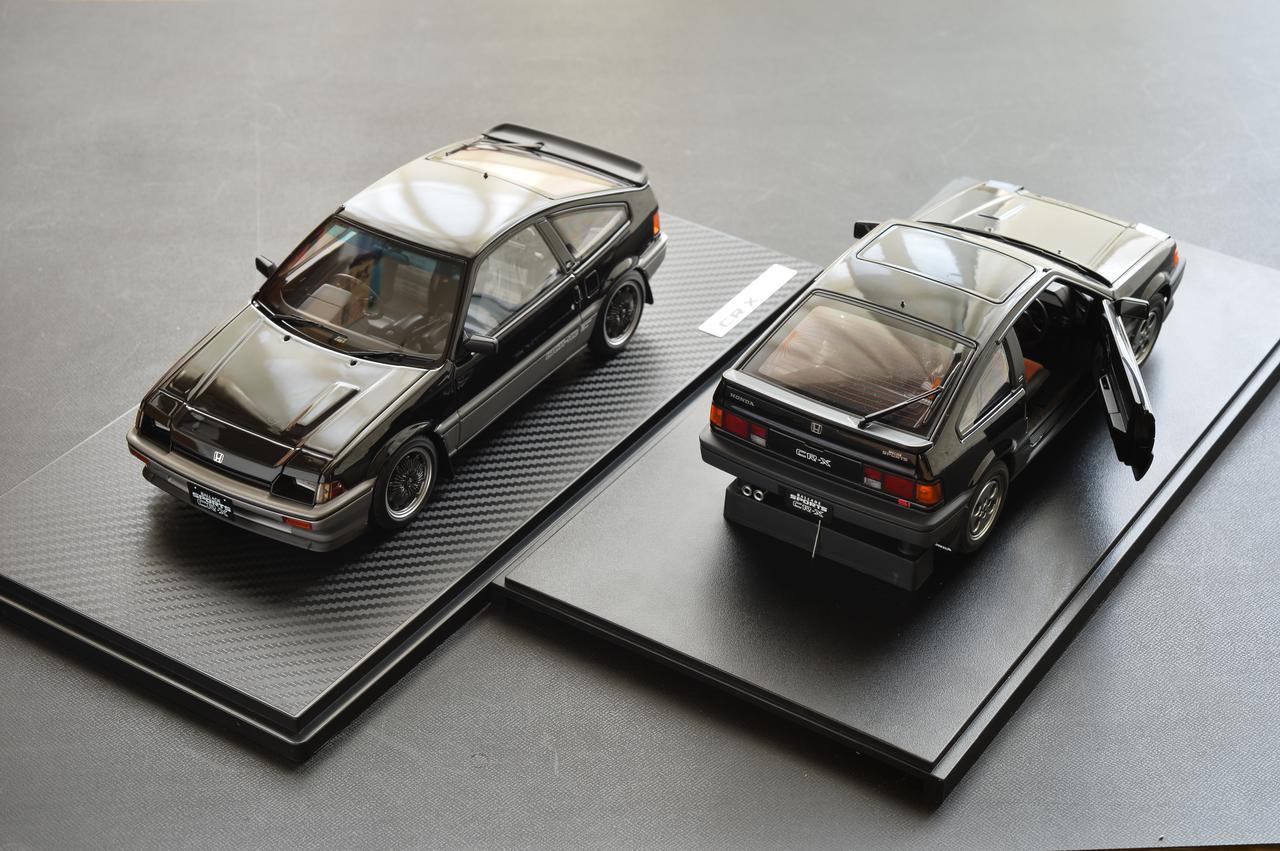 画像1: 左:イグニッションモデル  右:オートアート