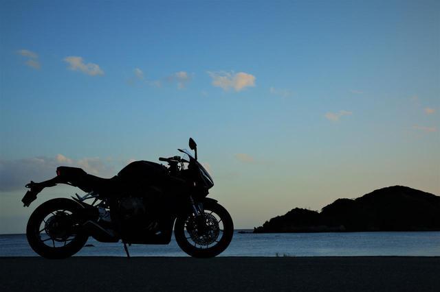画像: ホンダのバイクでいちばん『ヒザ擦り』しやすいのはコレ!?【ホンダオールすごろく/第32回 CBR650R 前編】 - A Little Honda