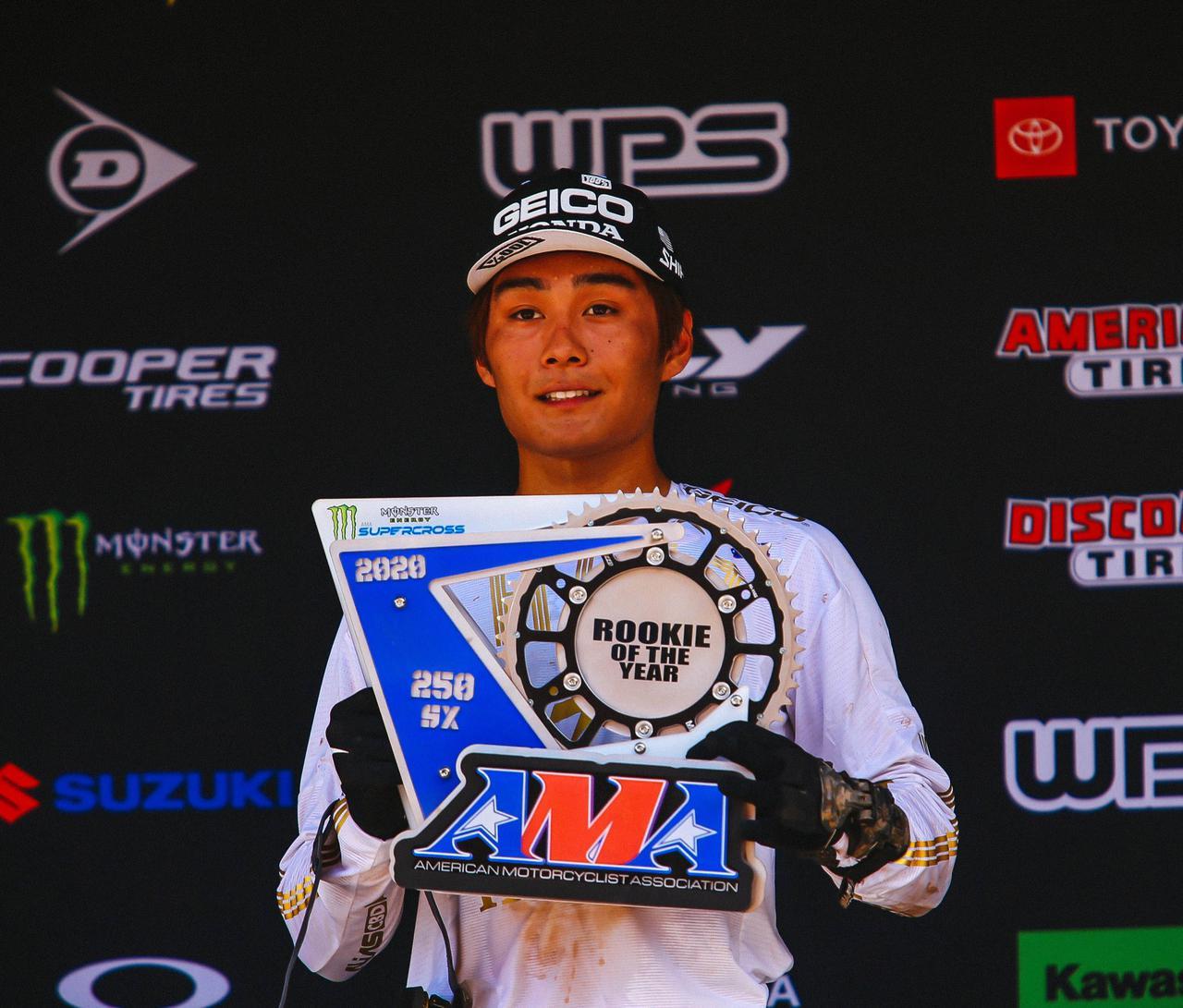 画像: AMAスーパークロスのルーキー・オブ・ザ・イヤーを日本人として初めて受賞した下田丈。2002年に三重県鈴鹿市に生まれた彼は、アメリカに拠点を移して彼の地で着実にトップライダーとしての実績を積み上げ、今年AMAスーパークロスデビューを果たしました。日本モトクロス界の期待の星のひとりです。 jmx.jp