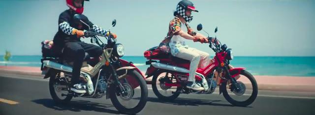 画像: サーフボードキャリア付きのCT125って・・・イイですねぇ! www.youtube.com