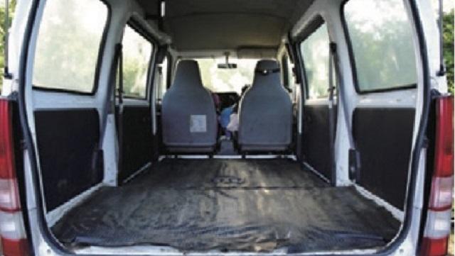 画像2: 愛車はスバルのサンバーバン