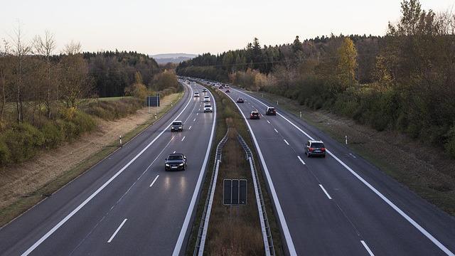画像: チェック3:交通量の多い道路に面していないか