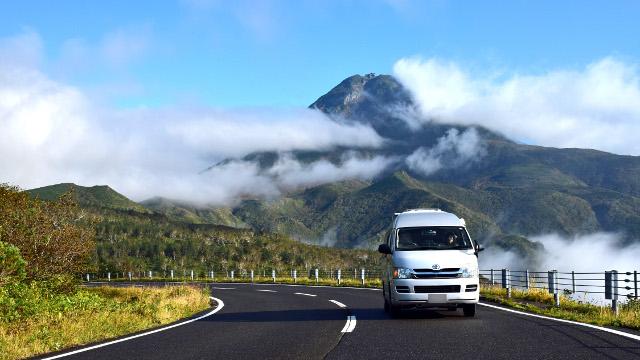 画像: 北海道の車中泊旅のおすすめは、知床横断道路。