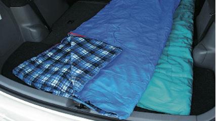 画像6: 一般車で安眠するための、カラダ水平アイデア選手権!
