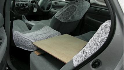 画像7: 一般車で安眠するための、カラダ水平アイデア選手権!