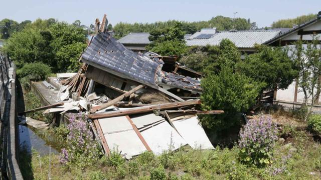 熊本地震で倒壊した家屋