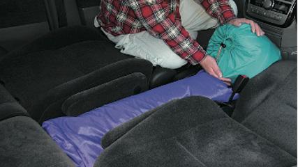画像4: 一般車で安眠するための、カラダ水平アイデア選手権!