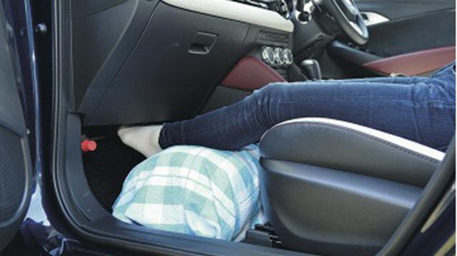 画像8: 一般車で安眠するための、カラダ水平アイデア選手権!