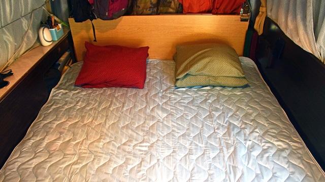画像: 3位 涼感系敷きパッドで寝る