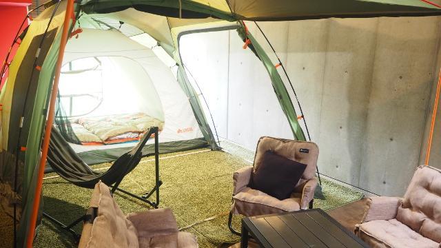 画像3: これが噂の室内テント泊ホテル