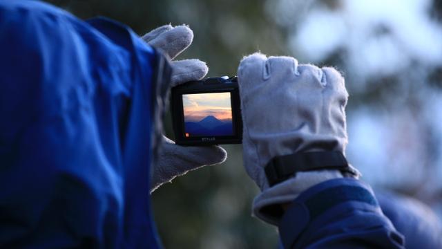 画像3: SotoPicカメラと一緒に出かけようー! 《五十路男 高尾山に登ってみた》