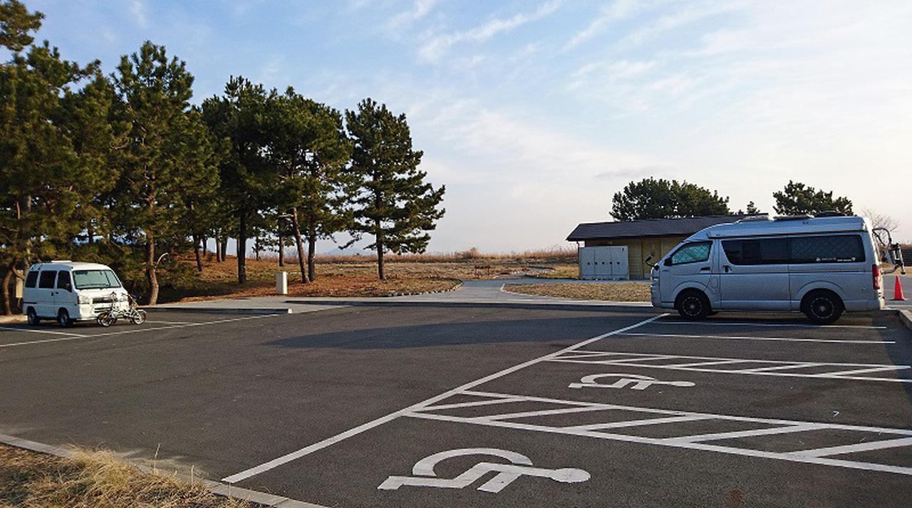 画像1: 【三保松原の車中泊事情】P2に24時間使えるキレイな公衆トイレが完成