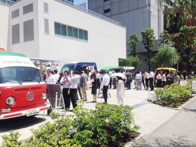画像2: キャンピングカーとフードトラックで神奈川県の医療機関を無償支援