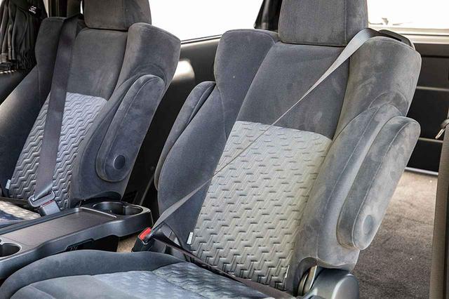 画像8: セカンドシートが超快適仕様に変貌