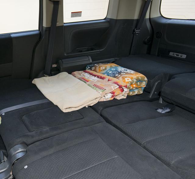 画像2: シート就寝の場合