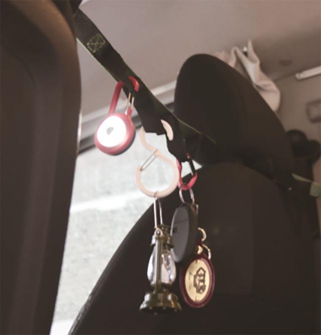 画像6: 「吊り下げ」関連グッズ 限られた車内を有効活用する収納ワザ!