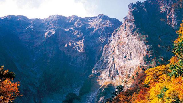 画像: 日帰り~1泊で楽しめる、紅葉と温泉ありきの山歩き!