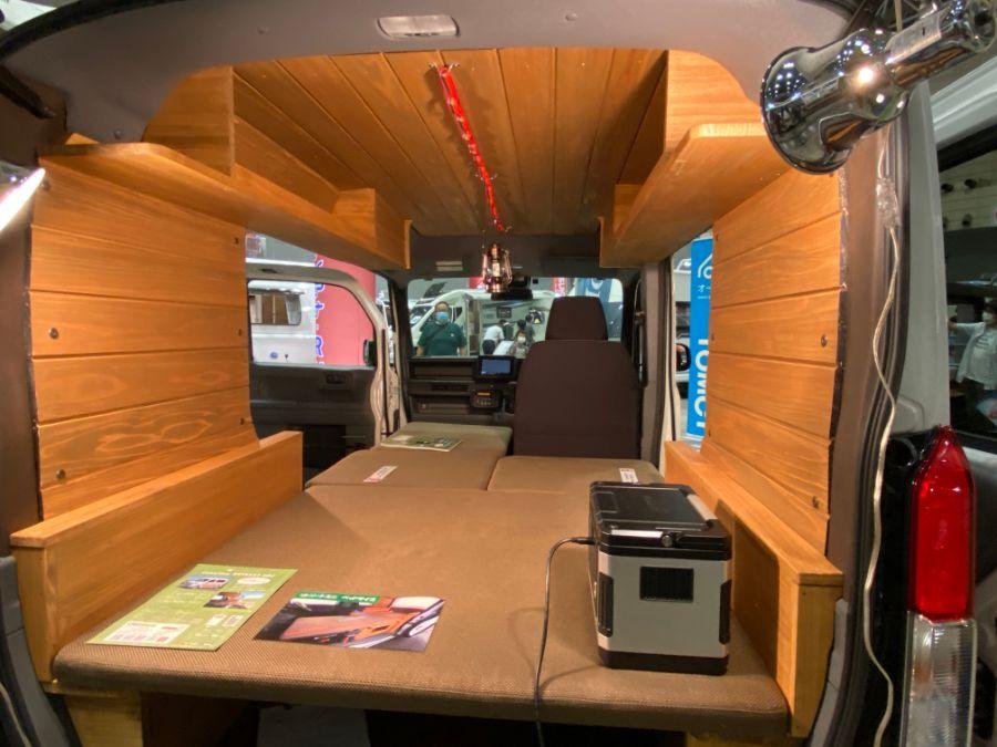 画像3: ダイレクトカーズ「リトリートミニ」 N-VANベースの軽バン車中泊カー!
