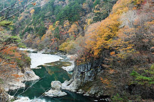画像2: 秋は鬼怒川温泉に出て「日塩(にちえん)もみじライン」で塩原温泉までのドライブが◎