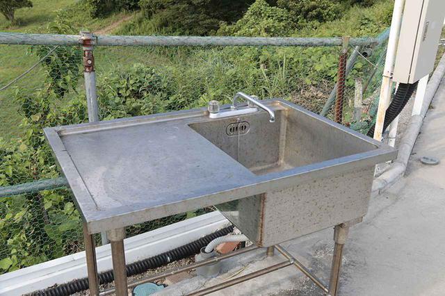 画像3: 屋外にも快適設備が完備されている