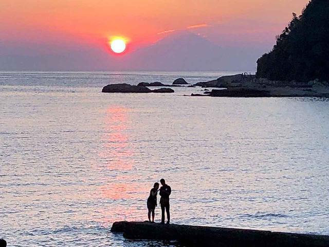 画像1: 冨浦海岸まではだしで行ける! リゾート気分たっぷりのRVパーク