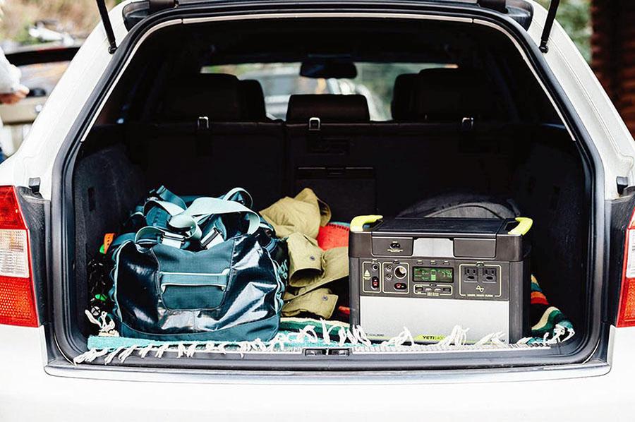 画像: 冬の長い夜対策③ 乾電池、バッテリー内蔵の電化製品やポータブル電源を活用!