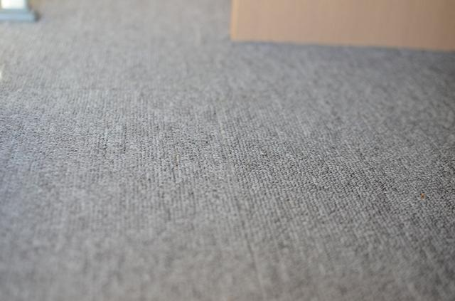 画像2: カーペットを敷いて、床からの冷気をシャットアウト!