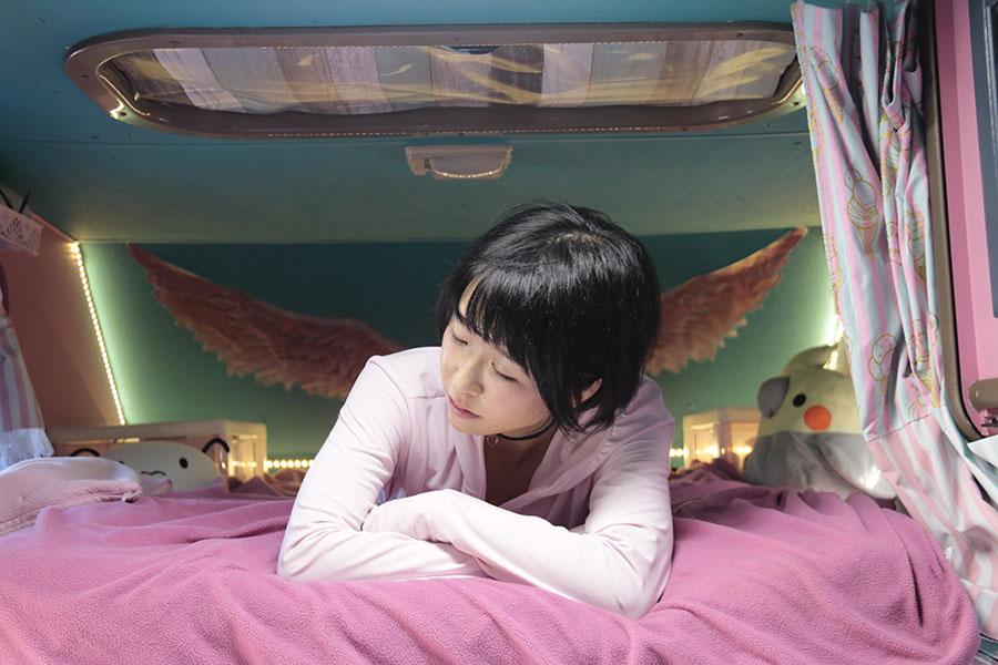 画像1: バンクベッドをCheck! 天使の羽と羽毛布団で心も体も軽く温かく!