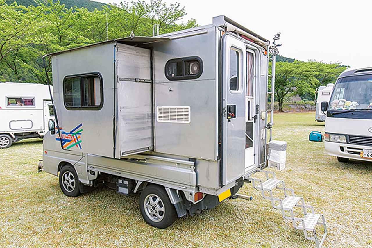 画像1: お遍路旅の相棒は、サンバートラックをDIYした軽トラキャンピングカー