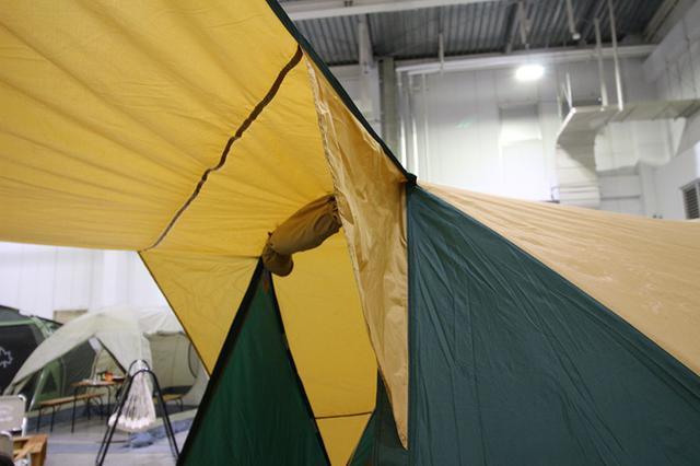 画像3: ドームテントの建てやすさにタープをプラス/コールマン